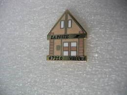 Pin's De La Poste De Commune De VILLE (Dépt 67) - Mail Services