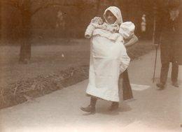 Nurse Slovaque à Vienne (Autriche) Par Filip (Philipp) Kester Wilhelmstrasse 14 Berlin - Professions