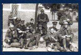 Carte-photo. Armée Belge. Camp De Beverloo.( Bourg-Léopold). Soldats Et Sous-officiers Du 13ème De Ligne - Regimente