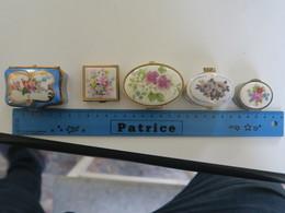 TI - Lot De 5  Boites Laiton - Metal Argente -  Porcelaine  - (pillulier , Boite à Tabac...) - Boxes