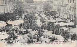 Cazéres Bazar De L'Hôtel De Ville  Le Boulevard Un Jour De Foire - Autres Communes