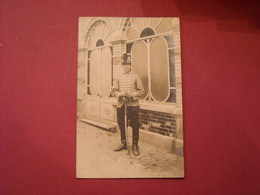 Carte Postale Photo , Homme En Uniforme 1914-18 , Commercy - Uniforms