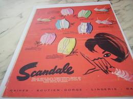 ANCIENNE PUBLICITE GAINE SOUTIEN GORGE LINGERIE LA SCANDALE 1961 - Habits & Linge D'époque