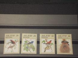 MALAYSIA - 1988 UCCELLI 4 VALORI - NUOVO(++) - Malesia (1964-...)