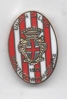 Union Calcio Montecchio Maggiore Vicenza Calcio Distintivi FootBall Soccer Pin Spilla Italy - Calcio