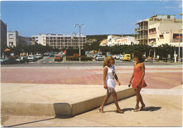 11 – NARBONNE PLAGE : Le Boulevard De La Méditerranée Vu Du Forum De Front De Mer N° 15071 - Narbonne