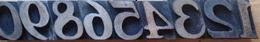 Chiffres Typographique En Bois De 1 à 0 - Technical