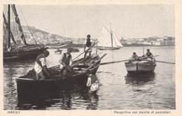 NAPOLI - Mergellina Con Barche Di Pescatori - Napoli (Naples)