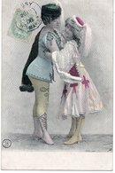 CPA -  Jeunes Femmes En Costume - Danse - Ansichtskarten