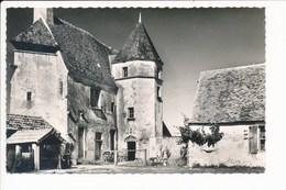 Carte De La Guerche Sur L' Aubois  Ferme De Chézelles  ( Format C.P.A )( Recto Verso ) - La Guerche Sur L'Aubois