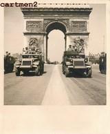 LIBERATION DE PARIS GUERRE 40 DEFILE TANK JEEP BLINDEE CHAMPS-ELYSEES SOLDAT MILITAIRE GUERRE WW 39-45 LECLERC - Krieg, Militär