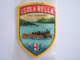 Isola Bella Lago Maggiore (Italia) Ecusson En Tissu Schild Blazoen 4,7 X 6,5 Cm - Ecussons Tissu