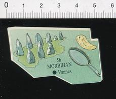 Magnet Le Gaulois Carte Géographique Département Morbihan Menhirs Alignements Carnac ?? Crêpe Bretonne  01-mag2 - Magnets