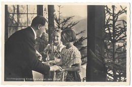 Adolf Hitler Avec Deux Enfants  - Propaganda  - WWII - Characters