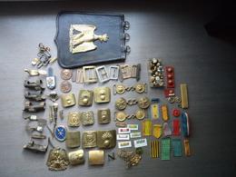 Lot D'objets Militaire 2eme Empire Boutons Plaque De Ceinturons Etc... - Equipement