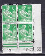 N° 1115A Type Moissonneuse 10F Vert Bloc Coins Datés 19.5.59 Neuf Impeccable - Coins Datés