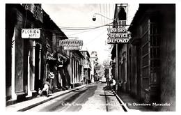 B&W RPPC - Real Photo Véritable - 1950-1960 – Downtown Maracaibo Venezuela – Street Animation – Shops Hotel - 2 Scans - Venezuela