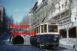 Reproduction D'une Photographie D'un Tramway Boulevard Chave Entrée Du Tunnel De La Plaine à Marseille En 1964 - Reproductions