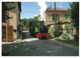 Saint Lieux Les Lavaur Le Train Au Milieu De La Rue Publication ACOVA-CFTT Toulouse N° 19 Cliché J.-N. Noguera - Albi