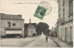 JARZE *** La Route De Baugé  ***    Cpa Peu Courante Et Animée - Other Municipalities