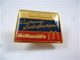 PINS MAC DONALD S MCDONALD'S HOBART CUSTOMER SATISFACTION / 33NAT - McDonald's