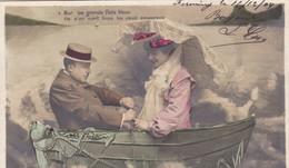 """CARTE FANTAISIE. COUPLE. SÉRIE COMPLÈTE DE 5 CARTES COLORISÉES.  """" AU GRÉ DES FLOTS """". ANNÉE 1904 - Couples"""