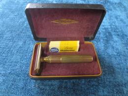 Ancien Rasoir Mecanique Gillette Avec Boite D'origine 2 - Lames De Rasoir
