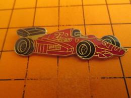 715A Pin's Pins / Beau Et Rare / THEME : AUTOMOBILES / F1 FERRARI ROUGE FORMULE 1 - F1