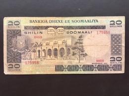 SOMALIA P29 20 SCHILLINGS 1981 VG - Somalië