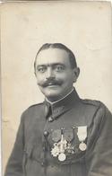 SERBIE CARTE PHOTO MILITAIRE AVEC DECORATIONS OCTOBRE 1918 - Serbien