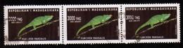 Madagascar 2002 Caméléon Furcifer Pardalis / Reptile / Animaux / Chameleon /   N° 1831  Oblitéré Used Bande De 3 Timbres - Madagascar (1960-...)
