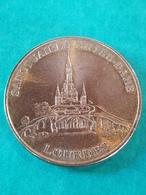 Souvenir Médaille De Lourdes Sanctuaire Notre-Dame 1858 2008 - Other