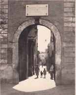 TAORMINA TAORMINE La Tour De L'horloge Août 1926 Photo Amateur Format Environ 6,5 Cm X 5,5 Cm - Lieux
