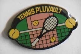 Pin's - Sport TENNIS De La Ville PLUVAULT 21 CÔTE-D'OR - Tennis