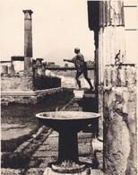 POMPEI 13 AOÛT 1926 Photo Amateur Format Environ 6,5 Cm X 5,5 Cm Région De Naples Italie - Luoghi