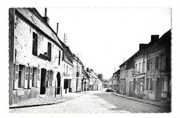 (24217-62) Avesnes Le Comte - Le Quartier Du Bas - Avesnes Le Comte