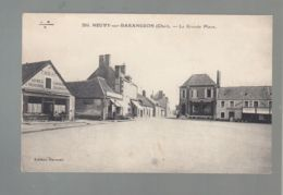 CPA (18) Neuvy-sur-Barengeon - Grande Place - France