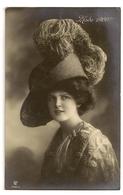 134 - Mode 1909 - Jeune Dame Chapeau Original - Mode