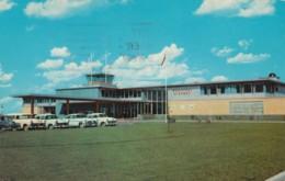 Calgary Alberta Canada Airport, Terminal Building And Autos, C1960s Vintage Postcard - Aerodromes