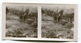 Photo Stéréoscopique : VERDUN  Guerre 14-18  Tirailleurs Château D'Esnes    A  VOIR  !!!!!!! - Stereoscopio