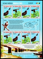 Uruguay - Turkey Vulture (Cathartes Aura) And Toco Toucan (Ramphastos Toco), Souvenir Sheet,MNH,2018 - Aquile & Rapaci Diurni