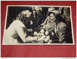 HOUYET  - PRINCESSE JOSEPHINE CHARLOTTE En Visite à Houyet Le 13-07-1952 - Familles Royales