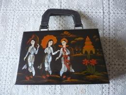 SUPERBE VALISETTE - VALISE - BOITE  A  BIJOUX  En  NACRE Et  LAQUE De CHINE - Vers 1930-50 - Art Asiatique
