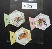 SZ 0165 Malaysia Honey Bees 2019 Insect Bee Flower Fauna Flowers (stamp) MNH *odd Shape *unusual - Malaysia (1964-...)