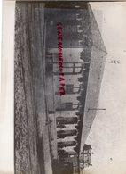 87- LIMOGES- LA GARE MARCHANDISES DES CHARENTES- GARAGE CENTRAL -TRAMWAY  RARE PHOTO CLAUDE LACAN - Professions