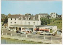 27030 Saint Nicolas Des Eaux -56 - PLUMELIAU Hôtel De La Vallée -vieilles Voitures Panhard DS Ami 6 -404 -Blat Pontivy - Non Classés