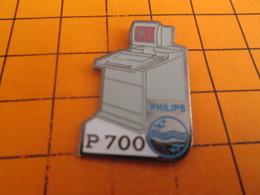 817 Pin's Pins / Beau Et Rare / THEME : INFORMATIQUE . PHILIPS MICRO ORDINATEUR P700 Pas Vraiment Micro - Computers