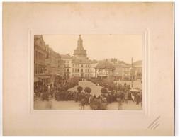 Photo Cartonnée - NAMUR  - Jeu De Balle Sur La Place D'armes - Luoghi