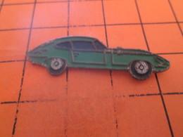 912b Pin's Pins / Beau Et Rare / THEME : AUTOMOBILES / JAGUAR TYPE E COULEUR VERTE - Jaguar