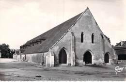 14 - ST PIERRE Sur DIVES : Les Halles - CPSM Village (3.600 Habitants) Dentelée Noir Et Blanc Format CPA - Calvados - Autres Communes